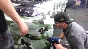 camo wrapped cars how the professionals wrap a car youtube