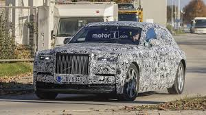 2018 rolls royce cullinan 2018 rolls royce phantom spied cruising in a winter wonderland
