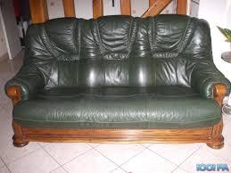 canap cuir vert canapé cuir vert royal sofa idée de canapé et meuble maison