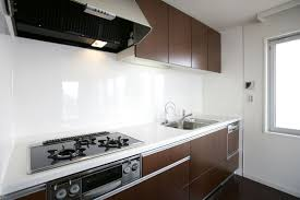how lay glass sheet kitchen backsplash kitchen ideas - Kitchen Backsplash Sheets