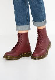 dr martens womens boots canada dr martens factory canada outlet price no tax and a 100 quality