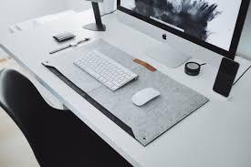 minimalist desk these minimalist desk mats will make your workspace look 100x