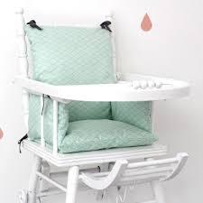 coussin chaise haute bebe coussin chaise haute vagues mint en coton enduit pour bébé