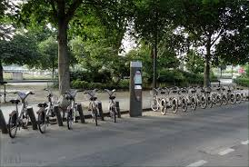 hd photos of the velib bike hire system in paris france page 1