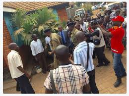 siege andre dr kizza besigye arrested for the third in two days fdc hq