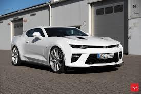 camaro aftermarket rims white camaro customized and put on chrome vfs vossen rims