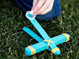 how to make a toy marshmallow catapult how tos diy