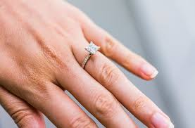the urge wedding band the 6 most common engagement ring mistakes according to a jeweler