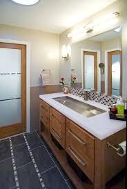 i a small bathroom like 7feet by 5 ft across i