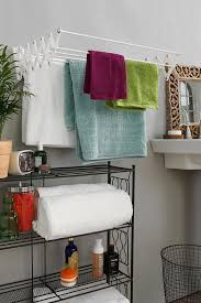 Decorating Bathrooms Ideas Best 25 Small Apartment Bathrooms Ideas On Pinterest Inspired