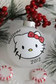 13 handmade ornaments using vinyl hello
