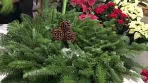 live christmas wreaths how to decorate live christmas wreaths with fresh greens