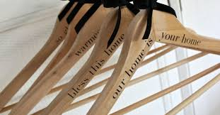 how to make personalized hangers to welcome guests hometalk