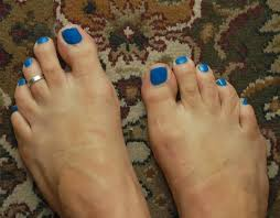toe rings men images It 39 s ok for men to have painted nails in public finally tried a JPG
