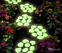glow in the pebbles 1kg yellow green ps glow stones photoluminescent glow in the