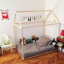 comment d馗orer une chambre d enfant le lit cabane est le rêve de beaucoup d enfant découvrez comment