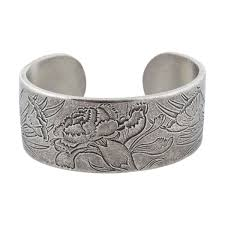 flower of the month salisbury pewter flower of the month bracelet mast store