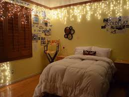simple yet beautiful string lights for bedroom lighting designs