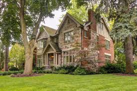 sold country style mansion goes for 3 1 million in toronto
