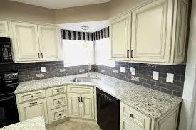 Kitchen Cabinets Columbus Ohio by Heritage White Kitchen Kitchen Design
