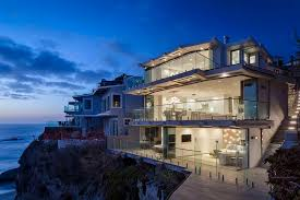 Beautiful Homes In California Jaw Dropping Glass House For Sale Laguna Beach Sea Glass Beauty