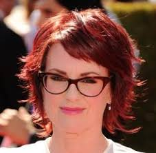 25 easy short hairstyles for older women short wavy hairstyles