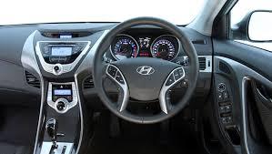 reviews hyundai elantra used hyundai elantra review 2011 2013 carsguide