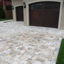 Exterior Tiles For Patios Best 25 Travertine Pavers Ideas On Pinterest Brick Driveway