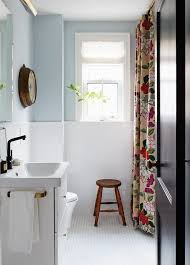 small bathroom painting ideas best 25 small bathroom colors ideas on small bathroom