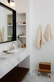 Mirrored Bathroom Vanity by Best 25 Floating Bathroom Vanities Ideas On Pinterest Modern