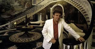 Inside Trumps Penthouse Step Inside Donald Trump U0027s Gaudiest Mansions Huffpost