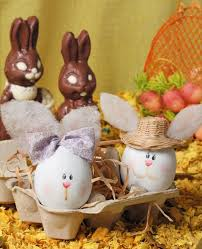 Easter Decorate An Egg Ideas by 12 Easter Egg Decorating Ideas Be Creative And Go Beyond Egg Dyeing