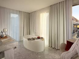 design hotel dresden badezimmer vom grand room im hyperion hotel dresden am schloss