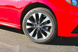 nissan sentra with rims first drive 2016 nissan sentra fights the good fight
