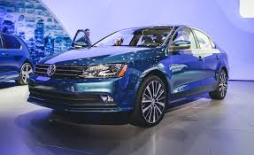 volkswagen jetta 2015 interior 2015 volkswagen jetta photos and info u2013 news u2013 car and driver