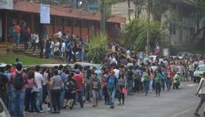 guia de la universidad veracruzana 2017 presentan jóvenes el examen de ingreso a la uv formato siete