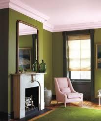 wandgestaltung in grün wandfarbe in grün farbideen wandgestaltung wohnen olive green