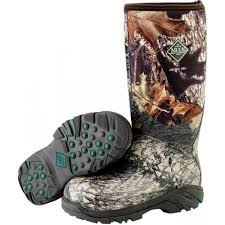 s muck boots sale arctic pro muck boot in mossy oak up mb acp mobu the