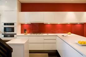 peinture blanche cuisine cuisine peinture blanche et deco maison moderne