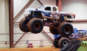 suzuki monster truck bfos