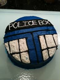 doctor who tardis cake that i might actually be able to make