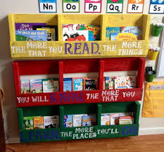 Pallet Bookcase Awesome Dr Seuss Bookcase And Best 10 Pallet Bookshelves Ideas On