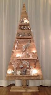 stromek z palet diy wood tree pinterest xmas decoration and