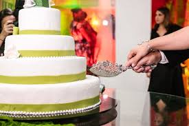 wedding cake questions answers to the most frequently asked wedding cake questions