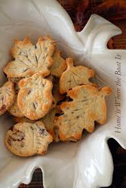 thanksgiving party crackers cranberry pecan pie crust leaves u2013 home is where the boat is