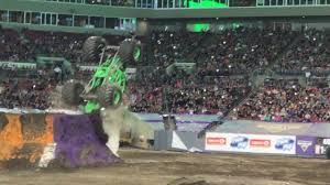 monster truck grave digger video grave digger backflip accident youtube