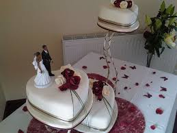 heart shaped wedding cakes 19 best heart shaped wedding cakes images on heart