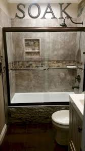 Cabin Bathrooms Ideas by Best 20 Small Bathroom Remodeling Ideas On Pinterest Half