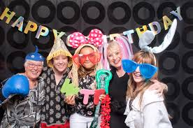 rental photo booths for weddings events photobooth planet hoot booth calgary photo booth rentals awesome photo booths
