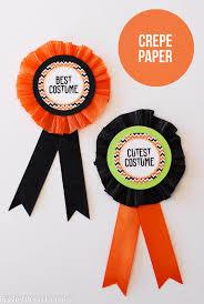 paper ribbons diy costume awards paper crush
